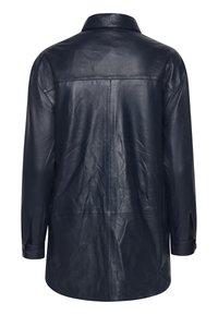 ICHI - IHYOHANNA SH - Button-down blouse - dark navy - 5