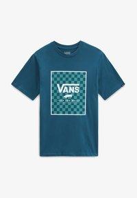 blue coral/checkerboard