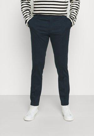 PUNTO MILANO SLIM PANTS - Trousers - navy