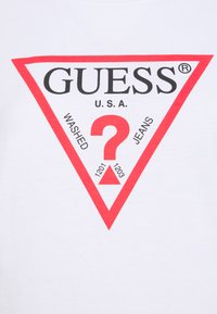 Guess - ORIGINAL - Triko s potiskem - true white - 6