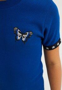 WE Fashion - Gebreide jurk - cobalt blue - 2