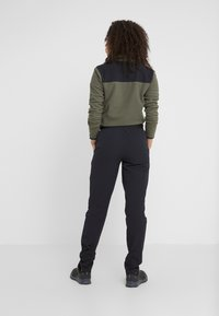 The North Face - QUEST PANT SLIM - Friluftsbukser - black - 2