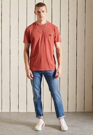 T-shirt - bas - smoked cinnamon