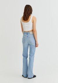 PULL&BEAR - Bootcut jeans - light blue - 2