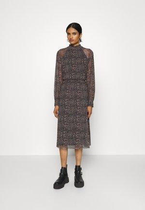 ONLVENNA SMOCK DRESS - Denní šaty - black