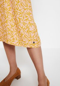 Nümph - KISMET DRESS - Day dress - peach - 7