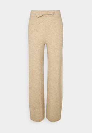 NMSUSIE LOOSE PANTS - Trousers - beige