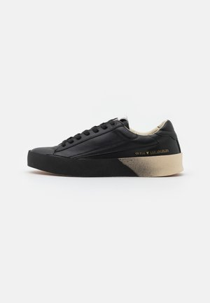 LODI - Trainers - black