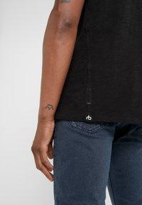 rag & bone - CLASSIC TEE - T-shirt basique - black - 4