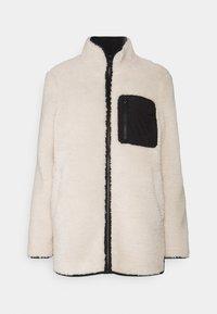 Vero Moda - VMANDREA JACKET - Winter jacket - birch/black - 4
