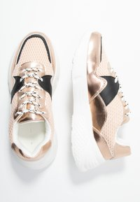 Dorothy Perkins - ISAAC CHUNKY TRAINER - Trainers - blush - 3