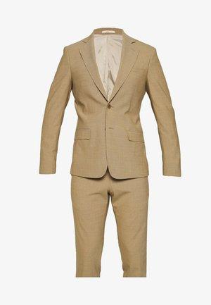 LUTVICSON RAVN SUIT - Suit - almond