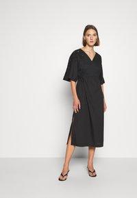 ARKET - Denní šaty - black dark - 0