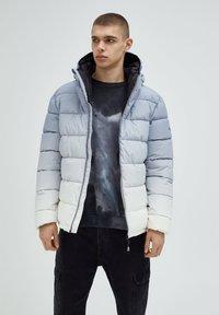 PULL&BEAR - Winter jacket - light grey - 0
