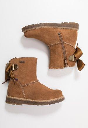 Winter boots - cognac/gold