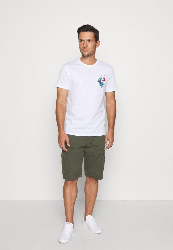 Pier One T-shirt z nadrukiem - white/biały Odzież Męska LRDM
