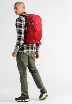 WIZARD 24+4 - Hiking rucksack - indian red