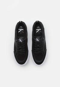 Calvin Klein Jeans - LACEUP MIX - Tenisky - black - 3