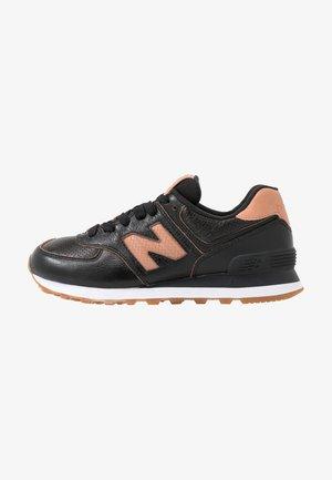 WL574 - Trainers - black