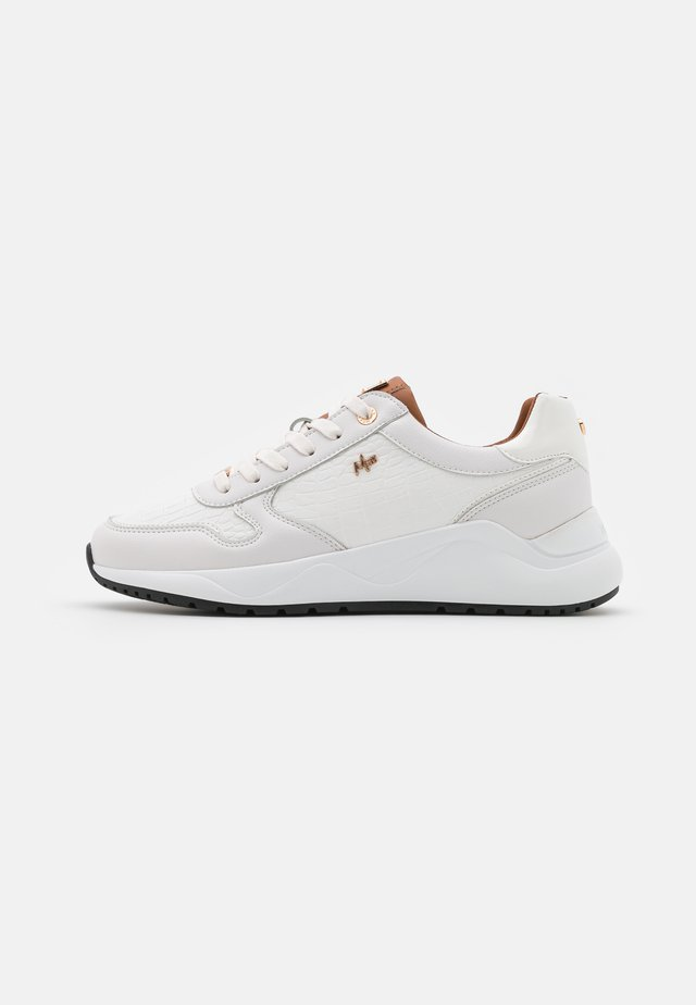 GISA - Sneakers - offwhite/chestnut