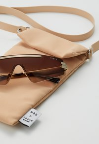 VOGUE Eyewear - SIZE 29 - Solbriller - gold-coloured/brown - 1
