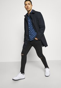 Tommy Jeans - FINLEY SUPER SKINNY - Jeans Skinny Fit - denim - 3