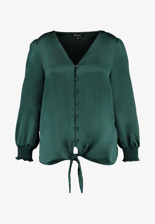 MET KNOOPDETAIL - Overhemdblouse - green
