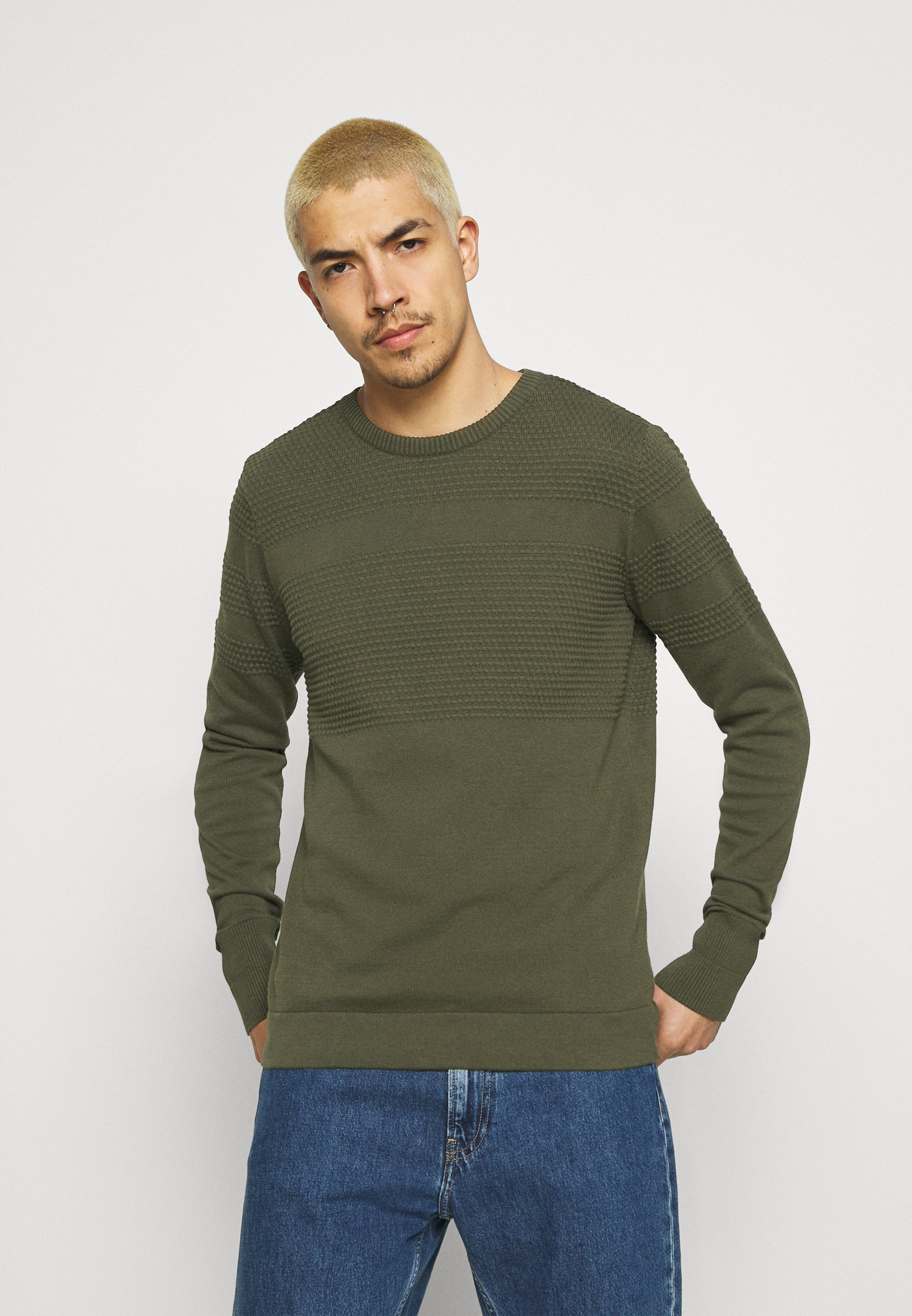 Homme FIELD BOBBLE - Pullover