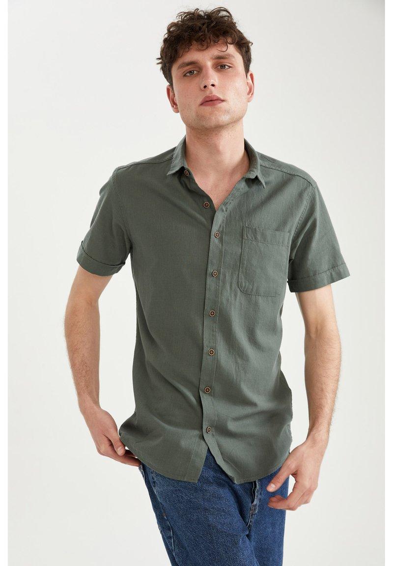 DeFacto - Shirt - khaki