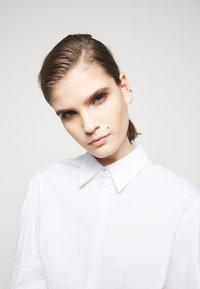 LIU JO - CAMICIA - Button-down blouse - bianco ottico - 3