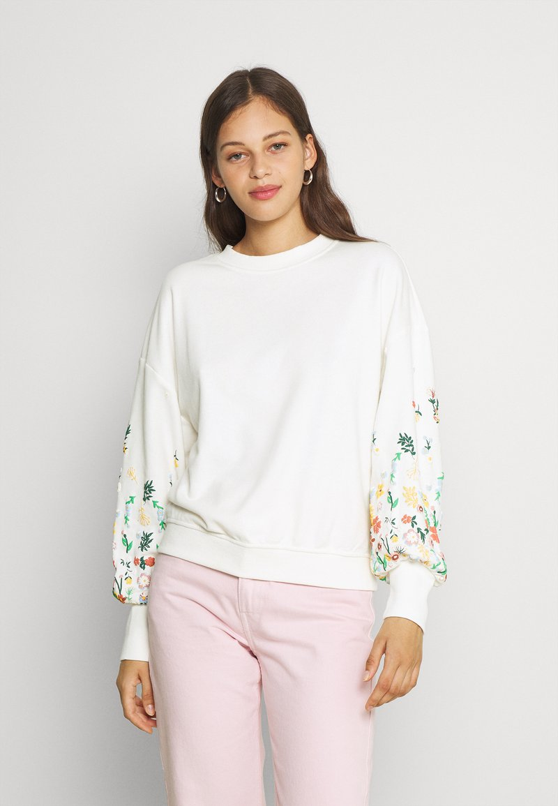 ONLY - ONLBROOKE O NECK FLOWER - Sweatshirt - cloud dancer