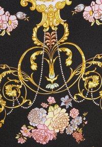 Versace Jeans Couture - LADY DRESS - Koktejlové šaty/ šaty na párty - black - 6