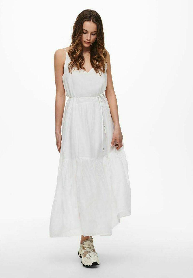 ONLY - ONLVIVI DRESS - Maxi dress - cloud dancer