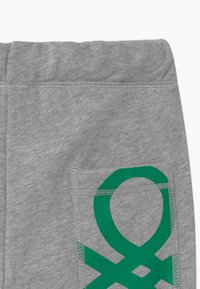 Benetton - BASIC BOY - Tracksuit bottoms - grey - 2