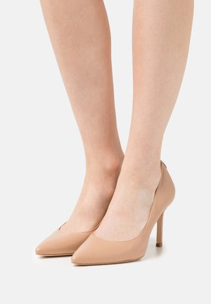DAFNE - Classic heels - beige