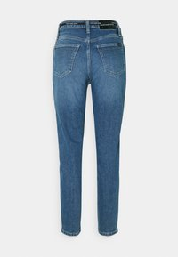 Calvin Klein Jeans - MOM - Relaxed fit jeans - mid blue - 1