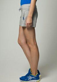 Reebok - JERSY SHORT - Shorts - medium grey heather - 3
