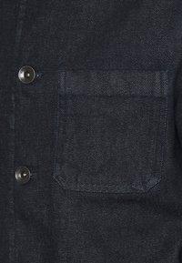 Michael Kors - CHORE JACKET - Denim jacket - rinse - 2