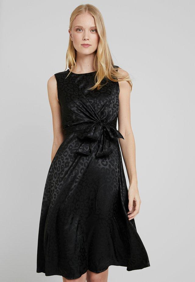 CUAVA DRESS - Vestito estivo - black