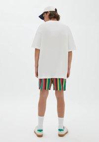 PULL&BEAR - Print T-shirt - off white - 2