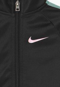 Nike Sportswear - COLORSHIFT TAPING TRICOT SET - Tepláková souprava - black - 3