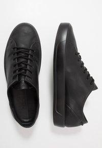 ECCO - SOFT 8 - Sneakersy niskie - black - 1