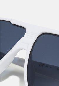 Tommy Jeans - UNISEX - Sluneční brýle - white - 4