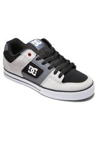DC Shoes - PURE - Obuwie deskorolkowe - black/grey/red - 2