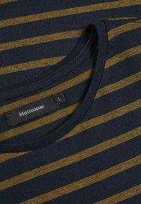 Matinique - MAJERMANE - Print T-shirt - buckthorn yellow - 5