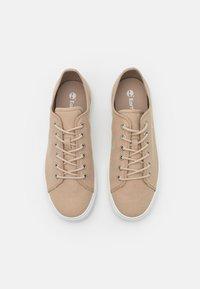 Timberland - UNION WHARF 2.0 EK LOGO - Sneakers - light beige - 3