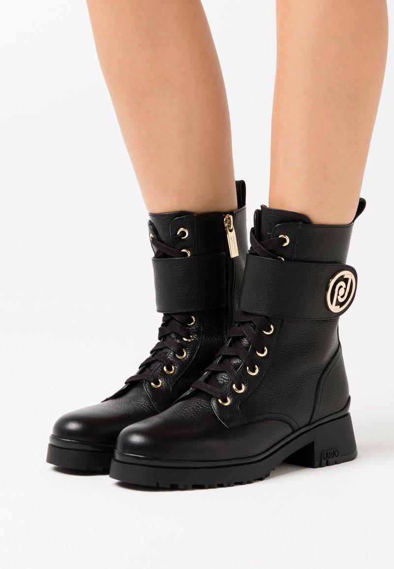 Liu Jo Jeans - NEW NANCY  - Botki sznurowane - black