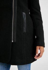 Vero Moda Petite - Frakker / klassisk frakker - black - 6