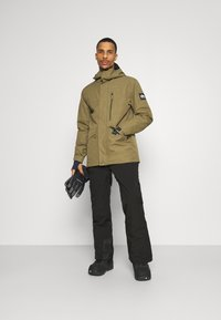 Quiksilver - MISSION SOLID - Snowboard jacket - military olive - 1