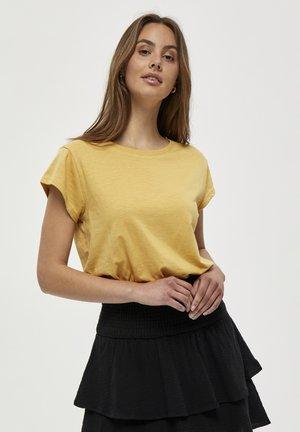 LETI - T-shirts basic - cornbutter